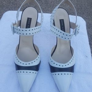 Anne Klein Black & White Spectator Heels Size 8.5
